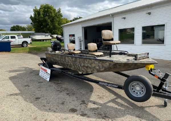 Excel 1860 Shallow Water Pro Hull image