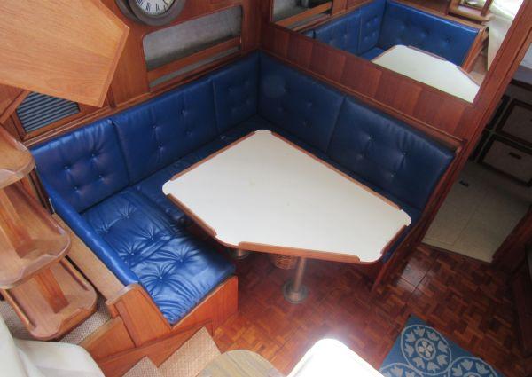 Chris-Craft Catalina image
