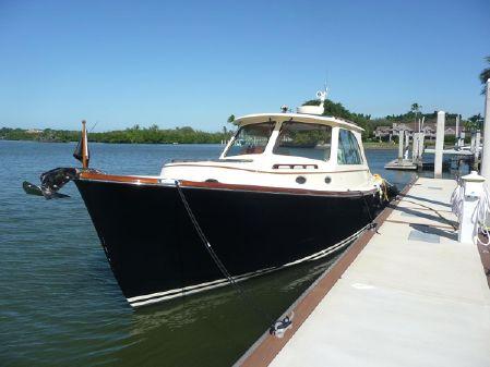 Hinckley 37 Picnic Boat MK III image