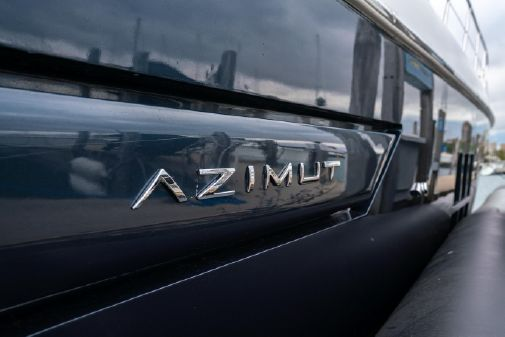 Azimut 55S image