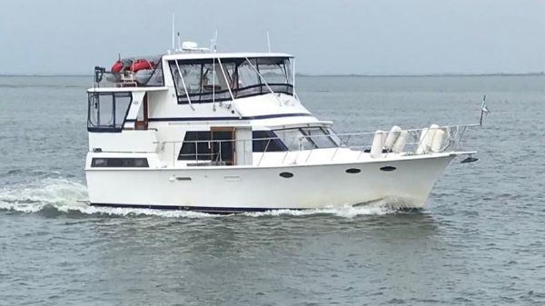 Marine Trader 43 Tradewinds Motor Yacht