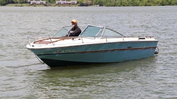Sea Ray V-195