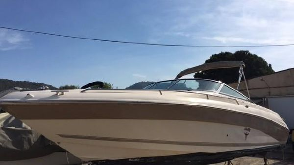 Sea Ray 260 Signature