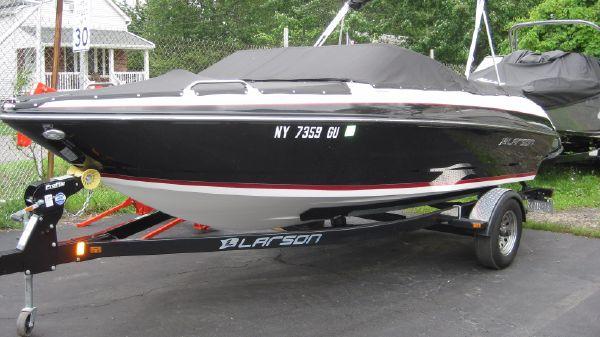 Larson LX 205S IO