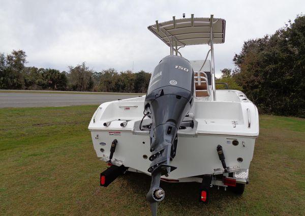 Sea Hunt 210 Triton image