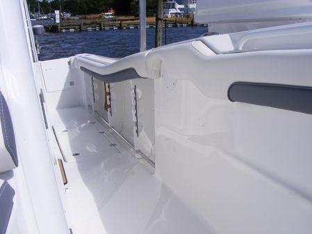 Tidewater 320 CC image