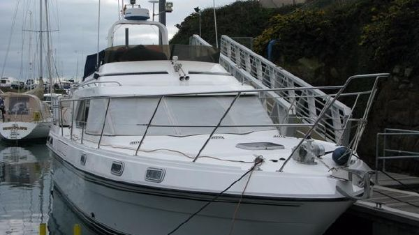 Fairline Turbo 38 Fairline Turbo 38