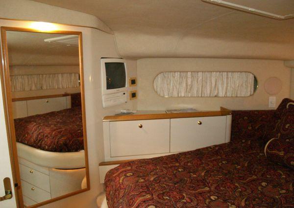 Sea Ray Hardtop 420 Aft Cabin image