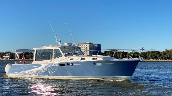 MJM Yachts 43z