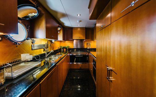 Custom 33m Cyrus Yachts image