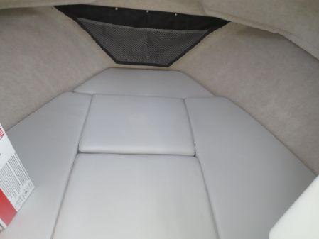 Parker 2520 XLD Sport Cabin image
