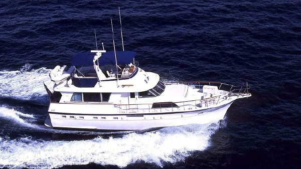 Hatteras Extended Deckhouse
