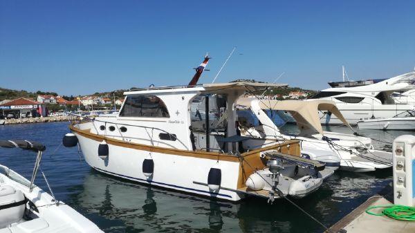 Custom Euro Yacht - Marco Polo 12