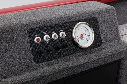 Tracker Super Guide V-16 T image
