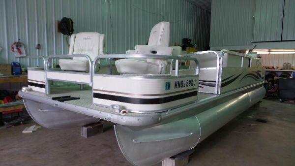 Misty Harbor 2285DF Royale