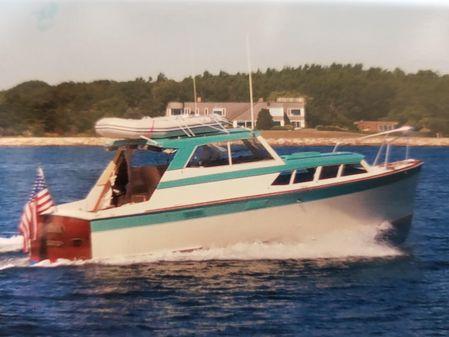 Pacemaker Sedan Hardtop Cruiser image