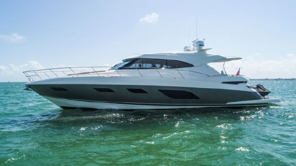 Riviera 60 Sport Yacht
