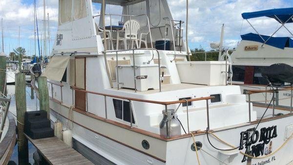 Present Yachts FB Sedan/Sundeck Trawler