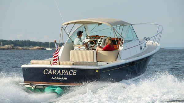 Hunt Yachts Surfhunter 29