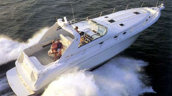 Sea Ray 450 Sundancer Sistership Photo