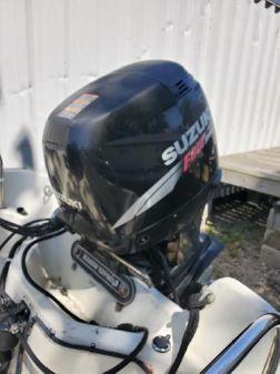 Suzuki DF115 image