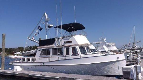 Grand Banks Classic At the Dock