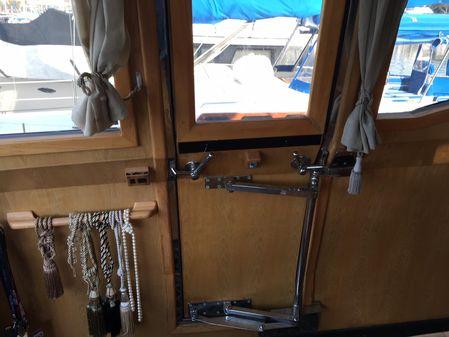 Lien Hwa Pilot House Motor Yacht image