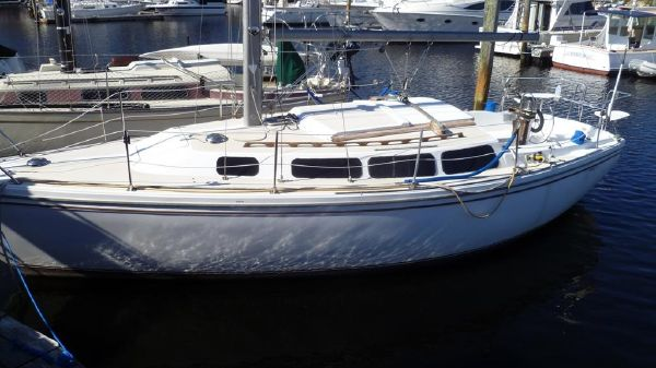 Catalina 30 Portside View from Raised Dock