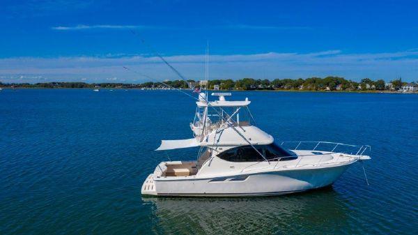 Tiara Yachts 39 Conv w/Hardtop