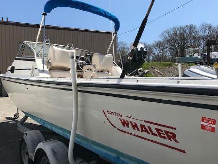 Boston Whaler 25 Revenge WT image