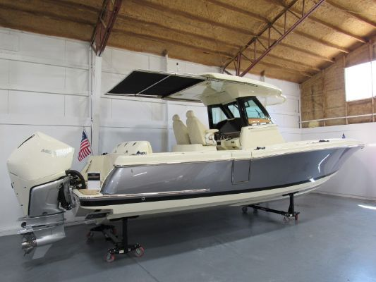 Chris-Craft Catalina 30 - main image