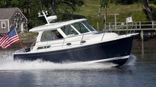 Back Cove 30' Sedan
