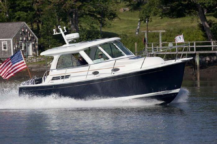 2015 Back Cove 30' Sedan