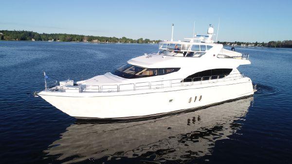 Hatteras 80 Motoryacht