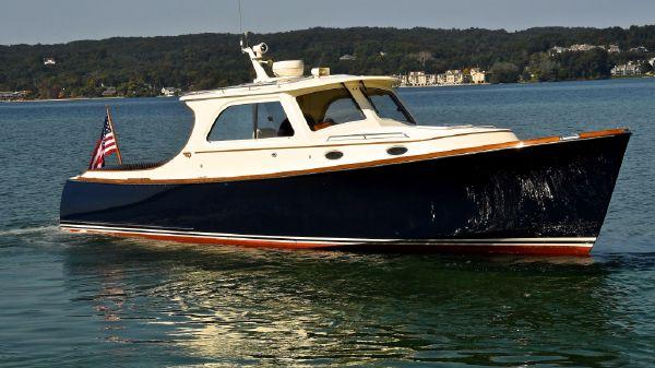 Hinckley Picnic Boat EP Grand Cru