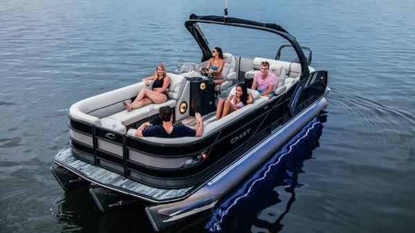 Crest Caribbean Platinum 250 SLS