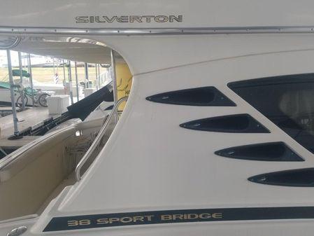 Silverton 38 Sport Bridge image