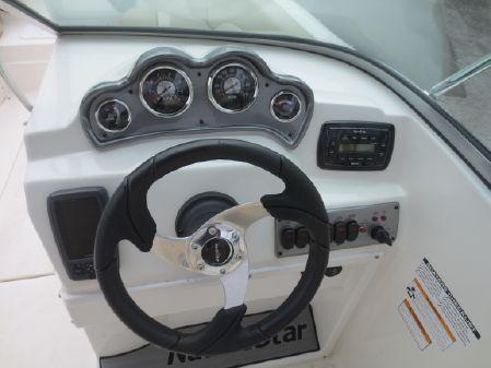 NauticStar 203DC Sport Deck image