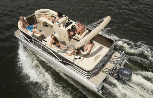 2019 Sylvan Mirage 820 Cruise