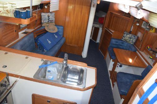 Catalina 36 MkII w/Air image