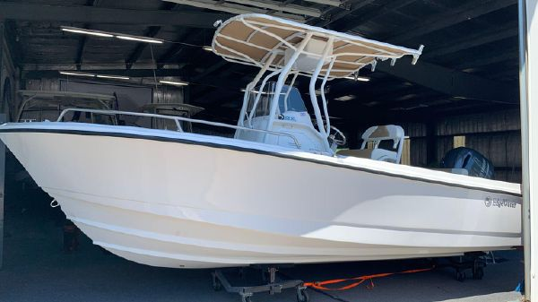Edgewater 208CC Center Console