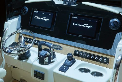 Chris-Craft Catalina 30 image
