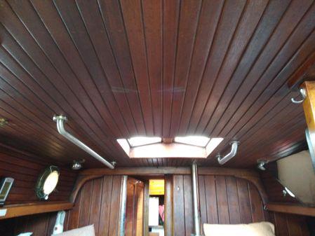 Westsail Westsail 32 image