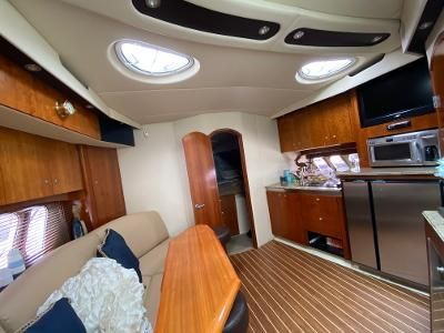 Cruisers Yachts 420 Sports Coupe. image