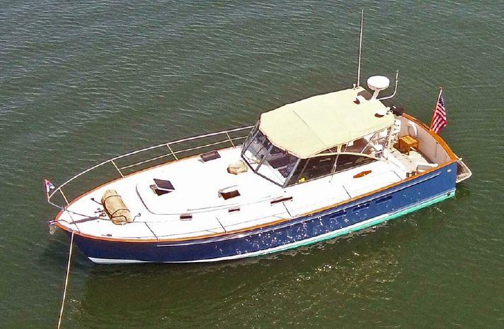 1998 Legacy Yachts 40 Express