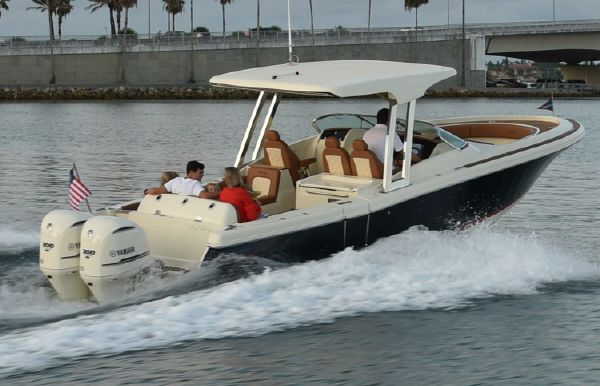 2021 Chris-Craft Calypso 30