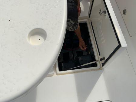 SeaVee 390 Cummins Inboards image