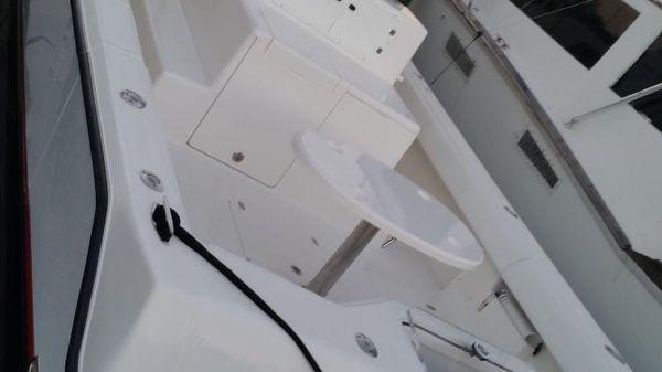 SeaVee 390 Cummins Inboards