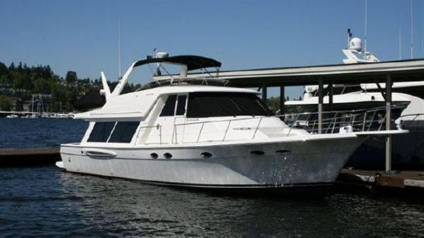 Meridian Yachts Pilothouse