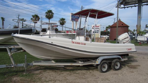 Boston Whaler Outrage 21 Lowside
